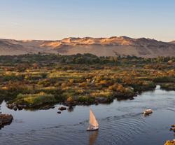 Découverte en Égypte : À pied et en felouque le long du Nil