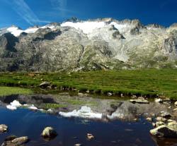 Randonnée en Espagne : VENASQUE, CONFORT & EAUX CHAUDES, au pied de l'Aneto