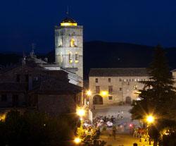 Randonnée en Espagne : REVEILLON À AINSA, randonnée confort dans le vieil Aragon.