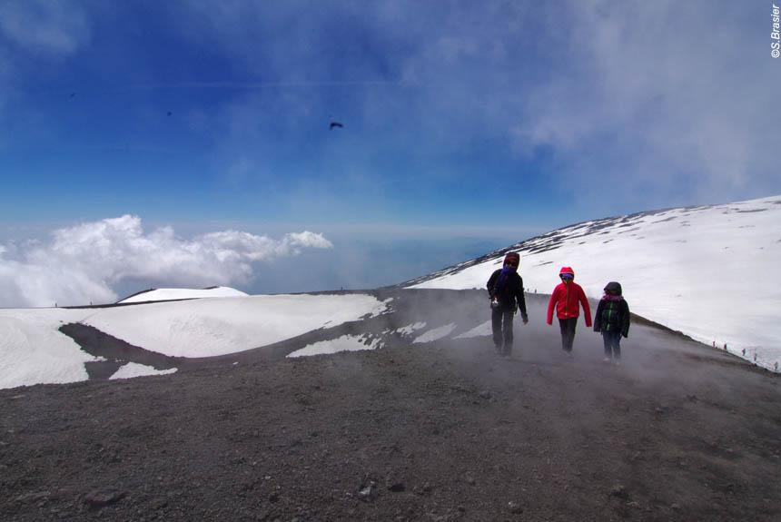 Apprentis vulcanologues en Sicile!