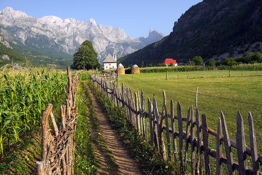 Voyage à pied Albanie : Le dernier secret de la Méditerranée