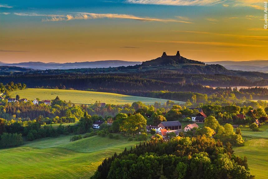 Voyage à pied : Du Paradis de Bohême aux Monts des Géants