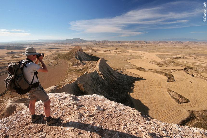 Voyage à pied Espagne : Bardenas Reales, le charme du désert en chambres troglodytes