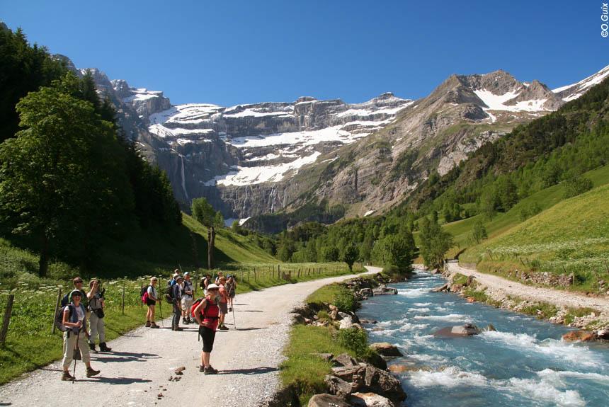 Voyage à thème France : Rando Balnéo Cauterets-Gavarnie, des Bains du Rocher au pied du Vignemale