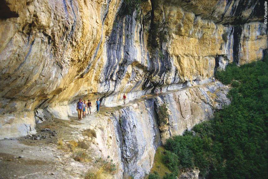 Image Tour de la Sierra de Guara, randonnée au-dessus des rapaces