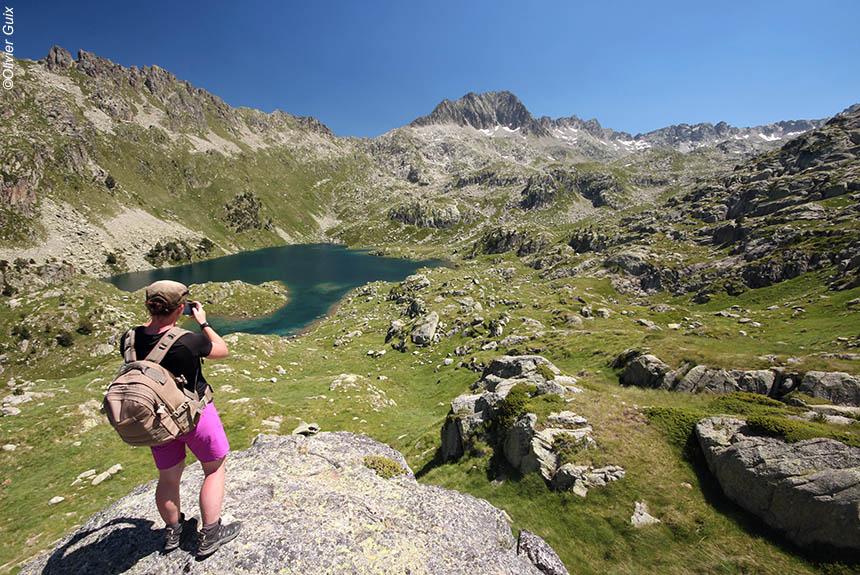 Voyage à pied Espagne : Traversée douillette des Encantats, de lacs en lacs