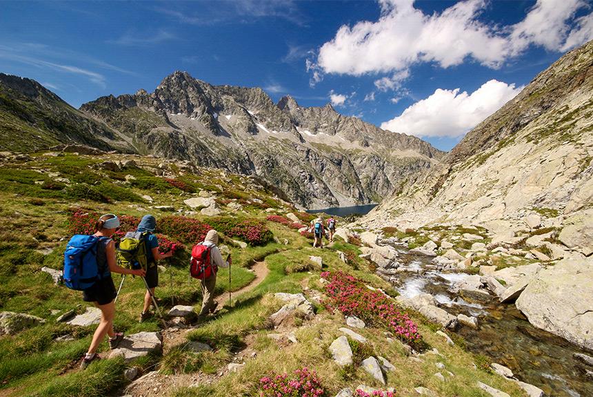 Voyage à pied : Néouvielle de lacs en lacs