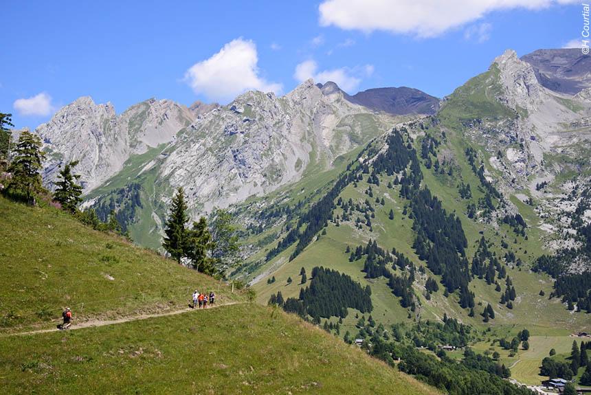 Voyage à pied : Alpages des Aravis