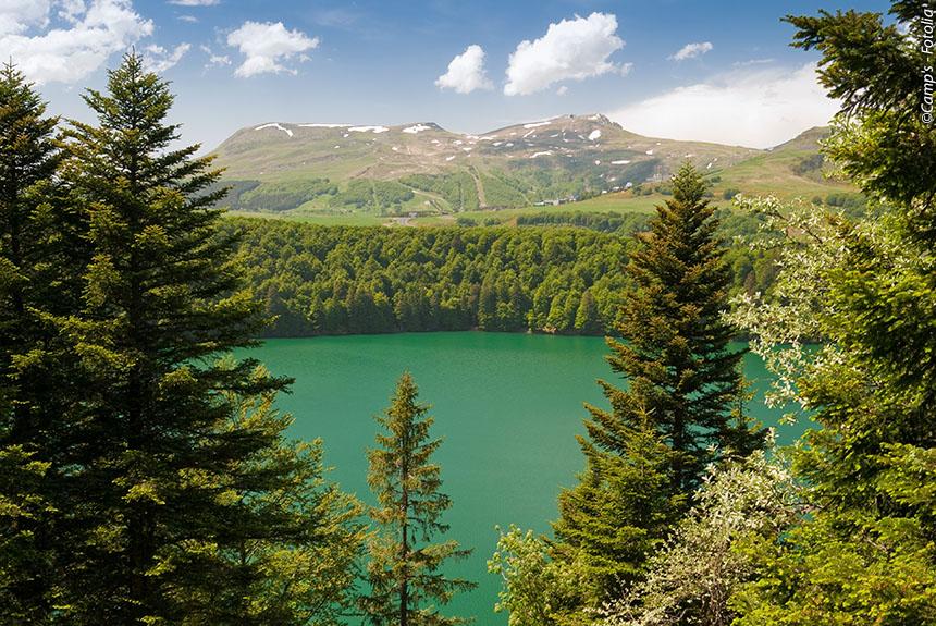 Voyage à pied France : Une autre Auvergne, du Sancy au Cantal.