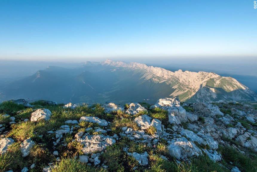 Voyage à pied : Les plus beaux Sentiers et Sommets du Vercors