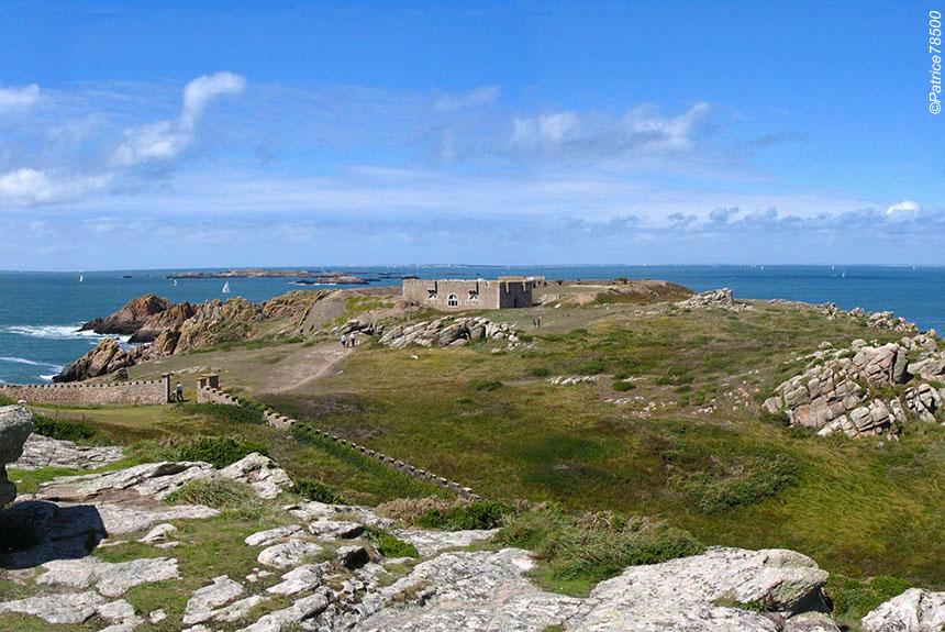Voyage à pied : Le Golfe du Morbihan et l\'île d\'Houat