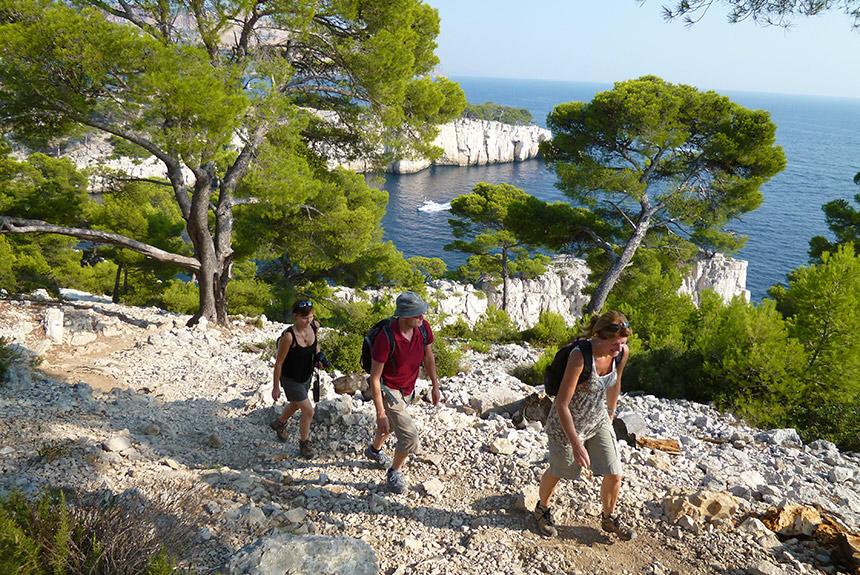 Voyage à pied France : Provence des  Calanques de Cassis aux massif de la Sainte Baume