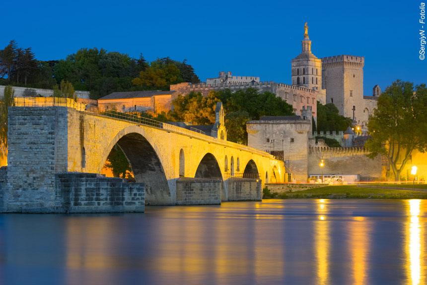 Voyage à pied : Urbain V d\'Anduze à la Cité de Pape,  Avignon
