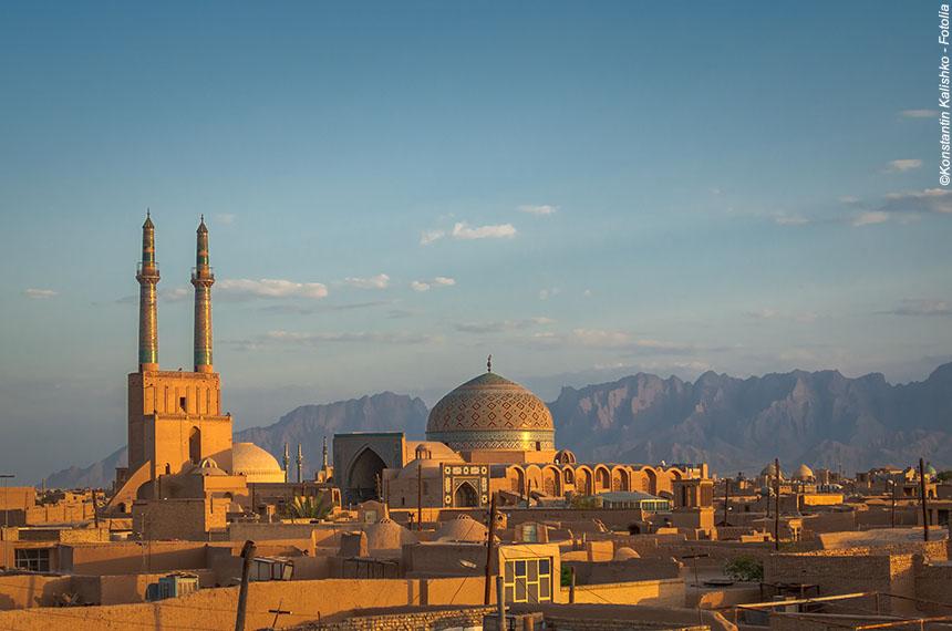 Voyage à pied : Montagnes légendaires et villes éternelles de Perse