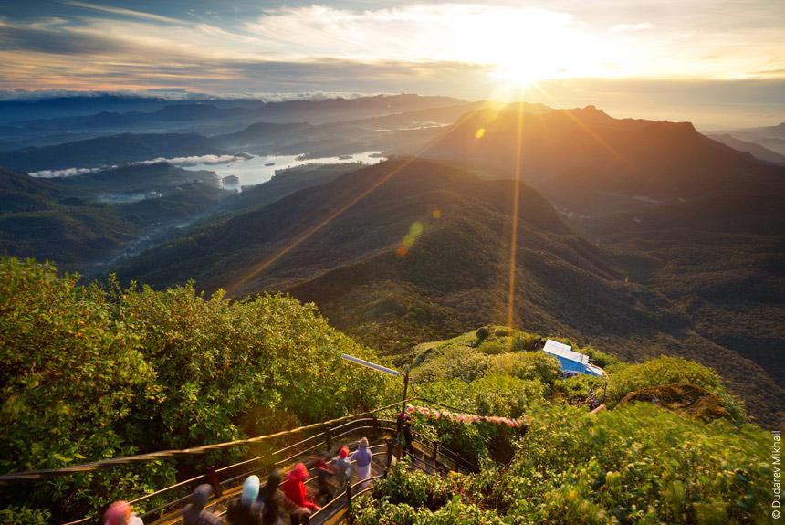 Voyage à pied : Adam\'s Peak et pêle-mêle cingalais