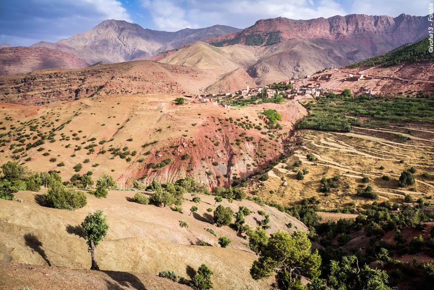 Voyage à pied : Grande traversée de l\'Atlas, des Aït Bougmez au Toubkal