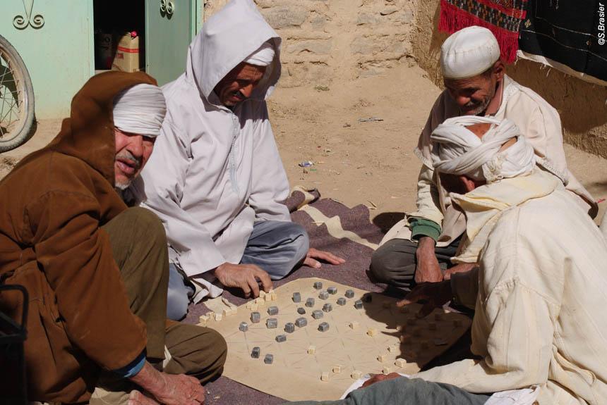 Voyage avec des animaux : Au pays du Toubkal au rythme des Tazerdounes