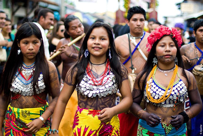 Voyage à pied : Panama city, canal et indiens Emberas